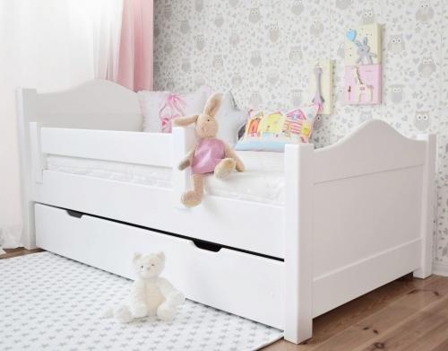 Łóżeczko FINISS z szufladą i barierką olchowe , białe